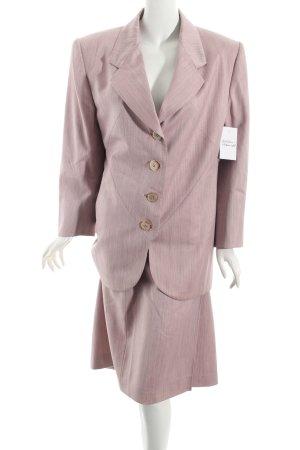 Valvason Serodine Turry Tailleur rosa chiaro elegante