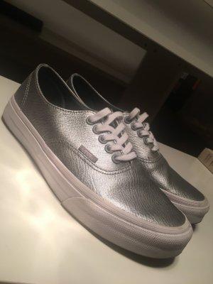 Vans Leder Silber Chucks converse schwarz grau
