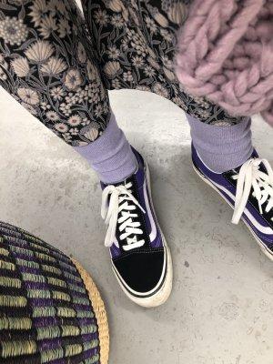 Vans Lila/ Schwarz Ultra Cush Style 36 Sneaker