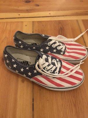 Vans mit Amerika-Muster in 38