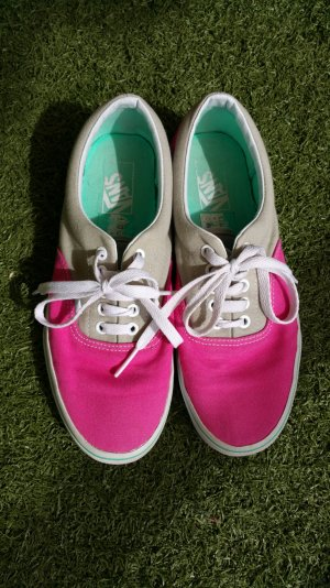 Vans of the wall pink, hellgrau, mint