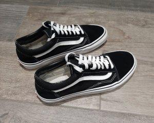 Vans Old Skool, schwarz-weiß, Gr. 42