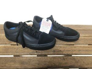 Vans Old Skool UC Gr. 38 schwarz Neu mit Karton Sneaker Turnschuh wasserabweisend Trainers