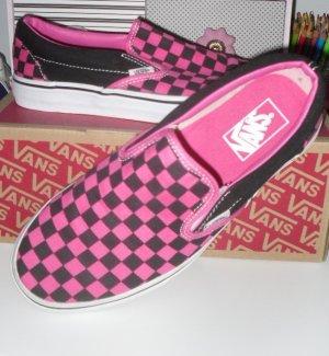 Vans Slip Ons in Hot Pink und schwarz Gr.40 im Karton