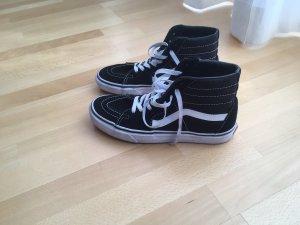 Vans Sneaker Klassiker in schwarz und Größe 41