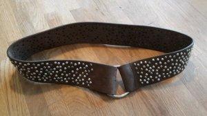 Vanzetti Cinturón de pinchos marrón oscuro