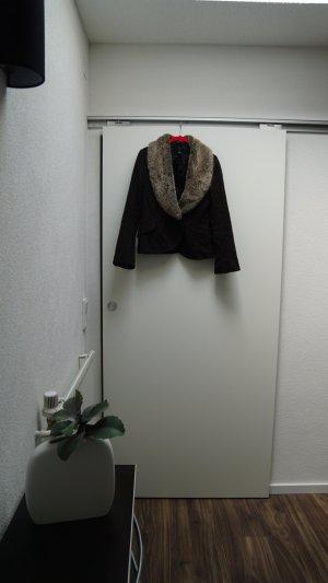 Variable Jacke mit Kunstfell