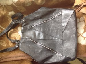 VB Originale RELIGION LONDON Handtasche aus Lederimitat