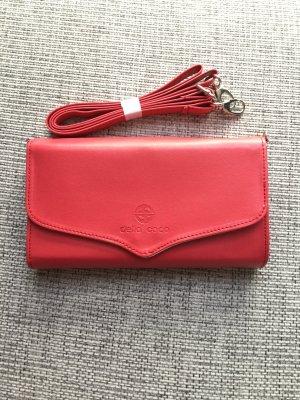 Clutch brick red