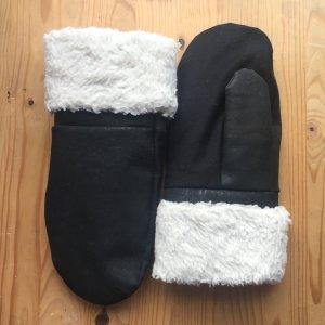 Vegane Kork Leder Handschuhe von Noveaux und Myrka