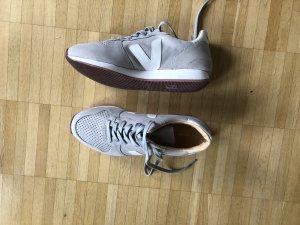 Veja Sneaker neu