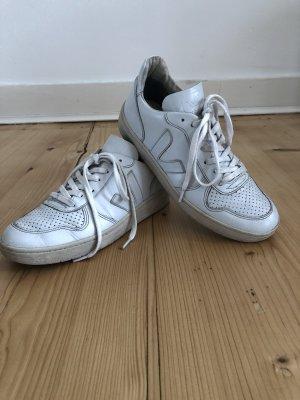 Veja V 10 Sneaker