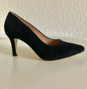 Velourleder-Pumps in Schwarz