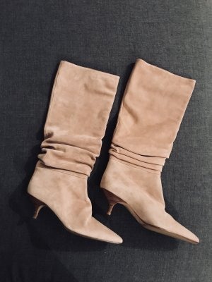 Velourlederstiefel in Nude