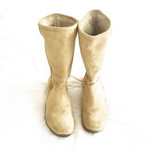 veloursleder stiefel in beige