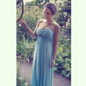 Vera Mont Abendkleid hell blau 38