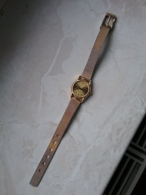 vergoldete Uhr