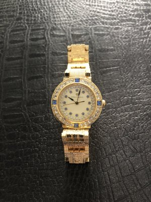 Yves Camani Horloge met metalen riempje goud Edelstaal