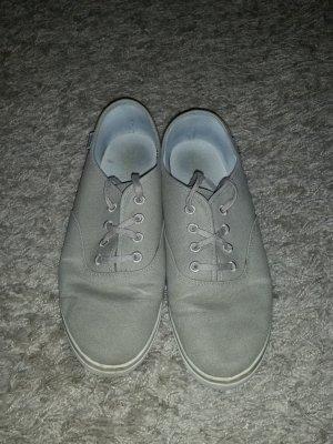 Verkaufe die Schuhe von ESPRIT Gr. 40 in beige zum Schnüren