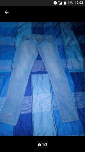 Verkaufe Drei Jeanshosen