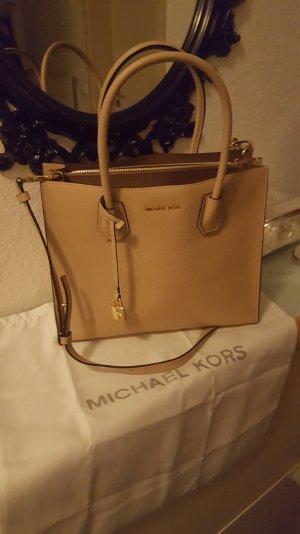 verkaufe eine Michael Kors Handtasche