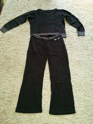 Verkaufe gebrauchten langen Pyjama von S.Oliver Gr. 36/38 in schwarz
