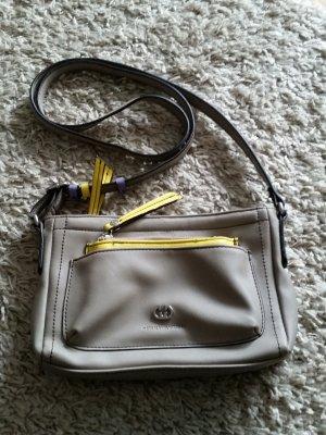 Verkaufe Handtasche in beige von GERRY WEBER