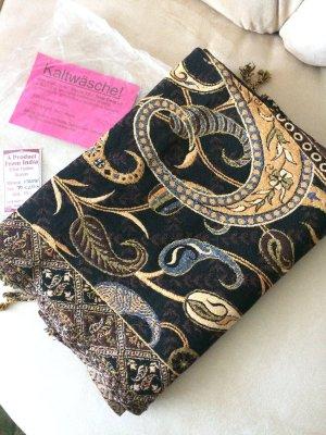 verkaufe hier einen wunderschönen Schal aus Indien