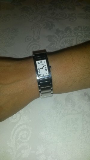 Verkaufe meine wünderschöne Burberry Uhr.