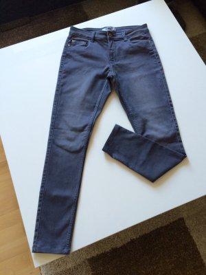 Verkaufe schöne Jeans von ONLY!