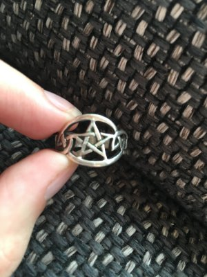 Verkaufe silbernen Pentagrammring 925 silber
