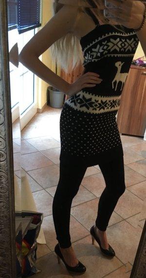 Verkaufe traegerloses strickkleid perfekt fuer den winter :)