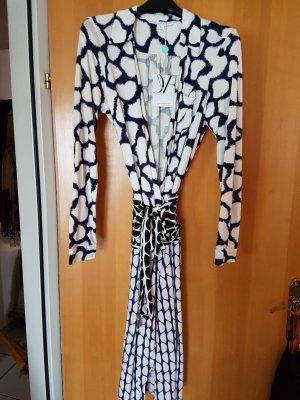 - verkauft - Seidenkleid von DvF im coolen Farbmix