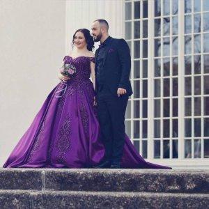 Abito da sposa viola scuro-marrone-viola