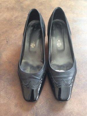 Vero Cuoio Loafers black