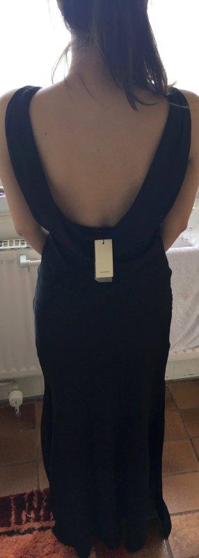 Vero Moda Abendkleid mit Rückenausschnitt in schwarz