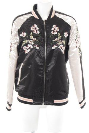 Vero Moda Bomberjacke florales Muster Street-Fashion-Look