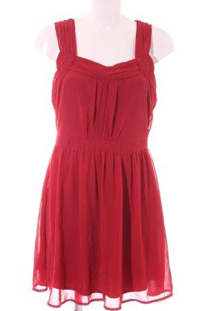 Vero Moda Vestido de chifón rojo oscuro elegante