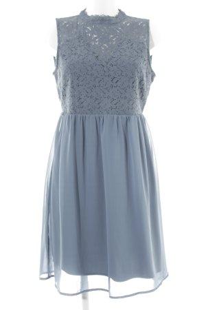 Vero Moda Vestido de chifón gris pizarra Patrón de tejido estilo romántico