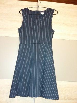 Vero Moda dunkel blaues Kleid mit weißen Streifen
