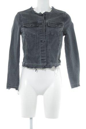 Vero Moda Jeansjacke anthrazit-schwarz Street-Fashion-Look