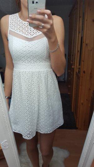Vero Moda - Kleid aus Spitze; Gr. 34