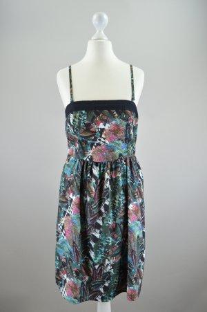 Vero Moda Kleid mit Muster mehrfarbig Größe S