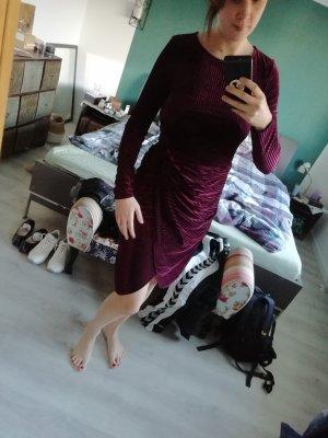 Vero Moda Kleid Samt Bodycon Midi M