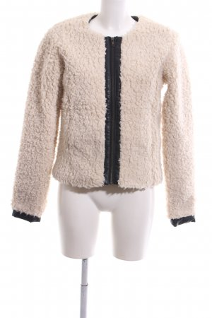 Vero Moda Fake Fur Jacket nude-black casual look