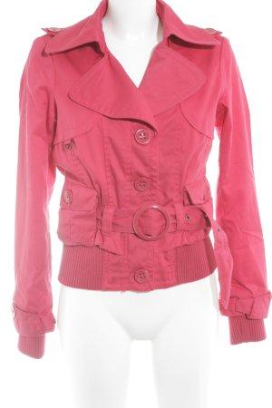 Vero Moda Kurzjacke neonrot Street-Fashion-Look