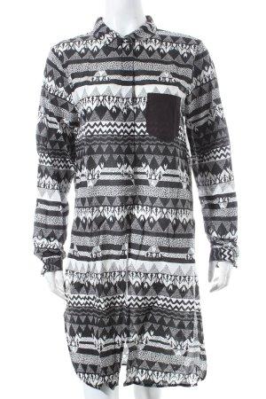 Vero Moda Long-Bluse schwarz-weiß abstraktes Muster Casual-Look