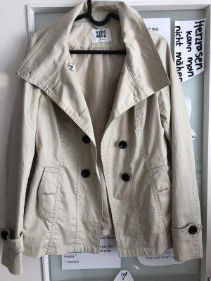 Vero Moda Abrigo corto beige