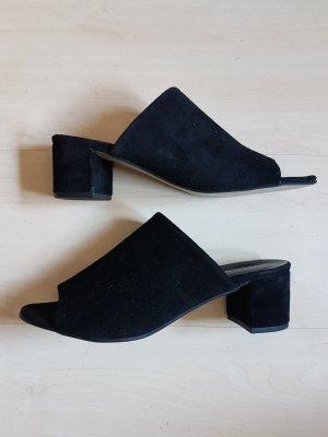 Vero Moda Sandalo con tacco nero Scamosciato