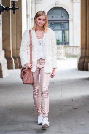 Vero Moda Röhrenhose rosé Metallic-Optik